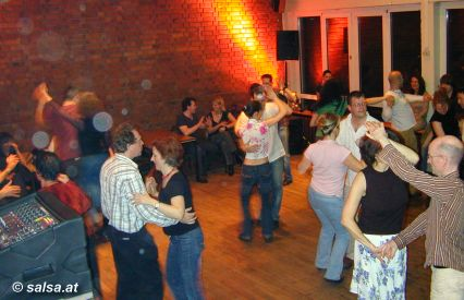 Salsa in Köln: Nonni Club